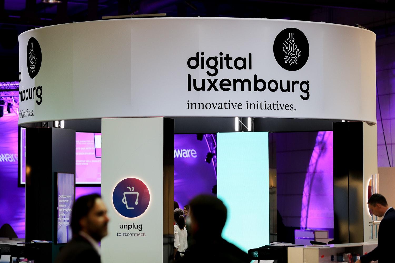 Shine a light agence évènementielle luxembourg - créateur d'expériences immersives - Conception de stand Digital Luxembourg