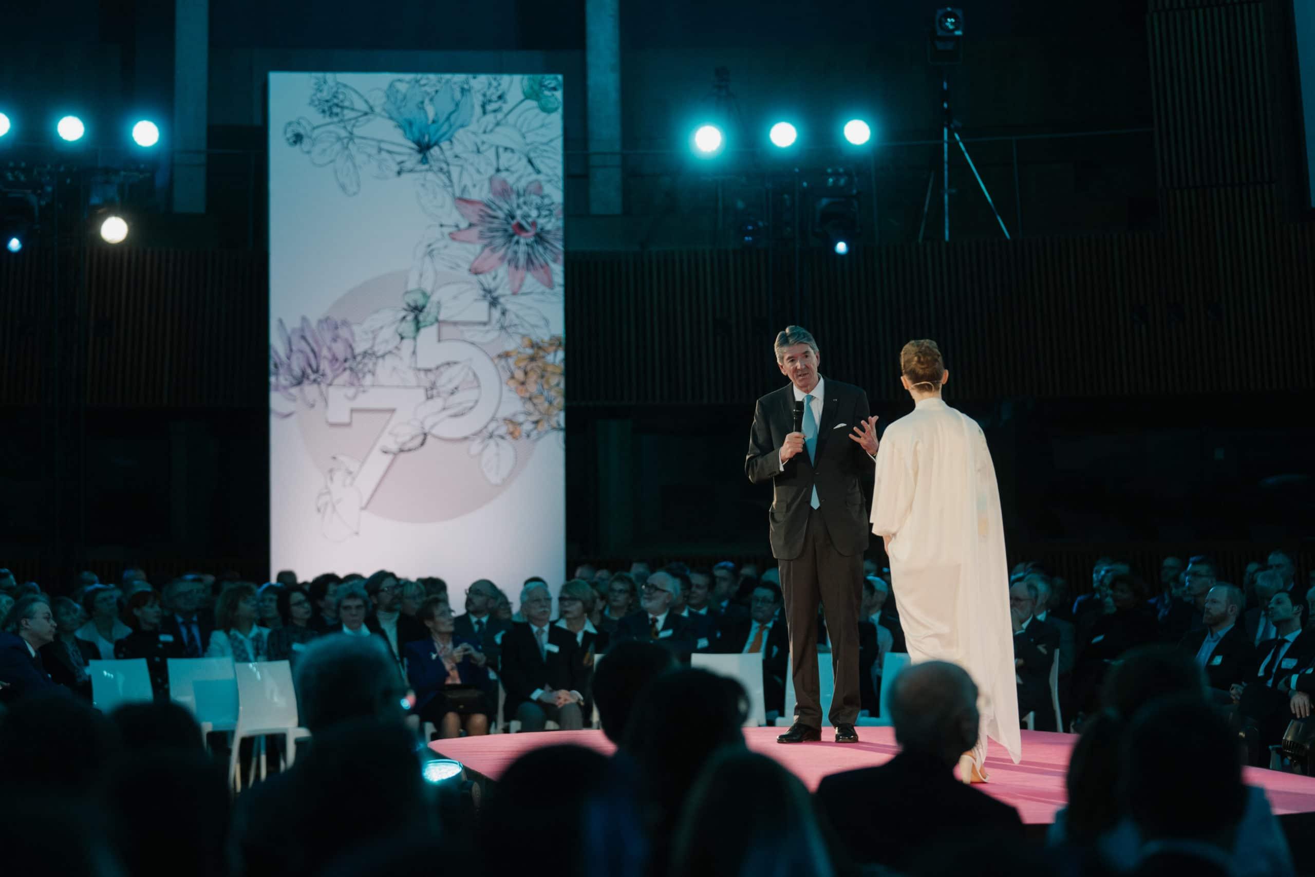 Shine a light agence évènementielle luxembourg - créateur d'expériences immersives - 75ème anniversaire de l'oeuvre Nationale de Secours Grande Duchesse Charlotte