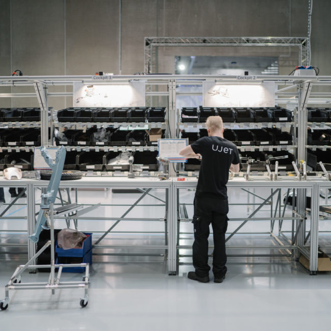 Shine a light agence évènementielle luxembourg - créateur d'expériences immersives - Inauguration usine UJET